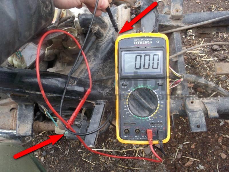 Проверка массы на катушке зажигания скутера